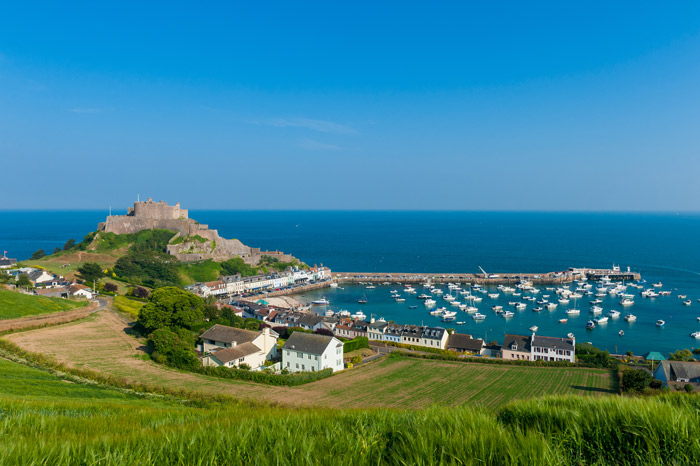 Wealthy incomers snapping up Jersey's luxury homes